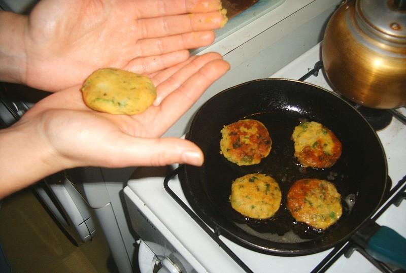 recette makhouda galette de pommes de terre aux épices
