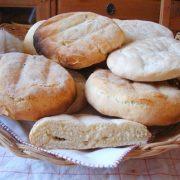 des miches de pain turc