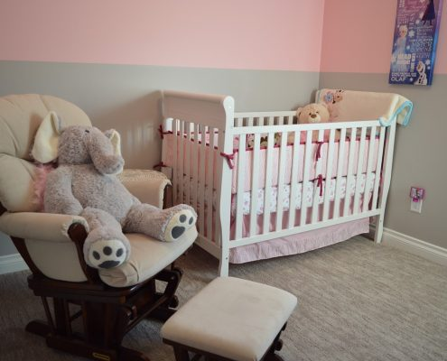 une chambre de bébé rangée !