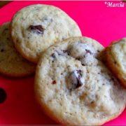 des cookies aux bonbons daim