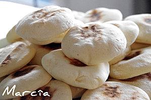 Minis Batbouts farcis - Petits pains marocains cuits à la poêle