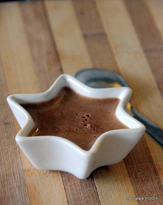 Mousse au chocolat au lait très rapide