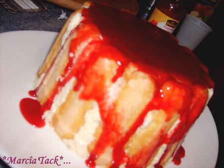 Charlotte aux fraises et à la crème anglaise mousseuse : la tuerie !!