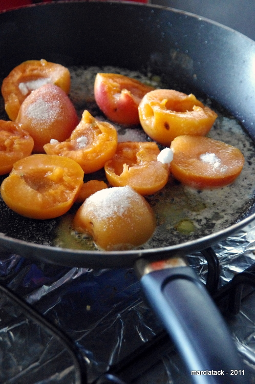 recette+clafoutis+abricot+amandes