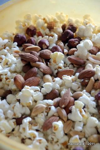 Popcorn au caramel & arachides