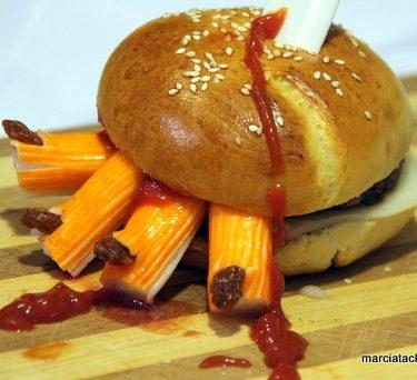 Le Hand-burger : tremblez, tremblez, Halloween approche !