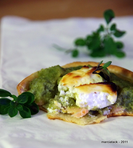 Tartelettes à la purée de brocolis & saumon