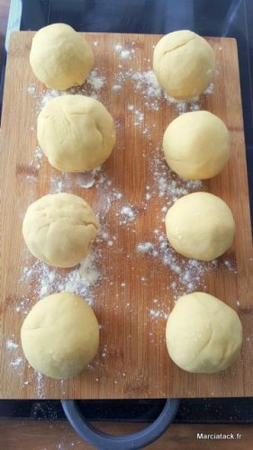 Comment faire des pains burger maison ? Recette facile et rapide