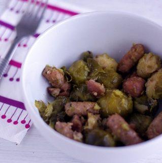 Choux-de-Bruxelles-saucisses-poulet-chataignes