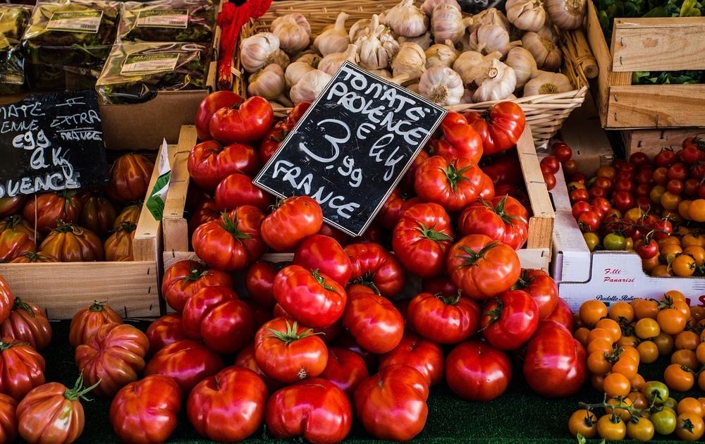 tomates sur un marché de Provence