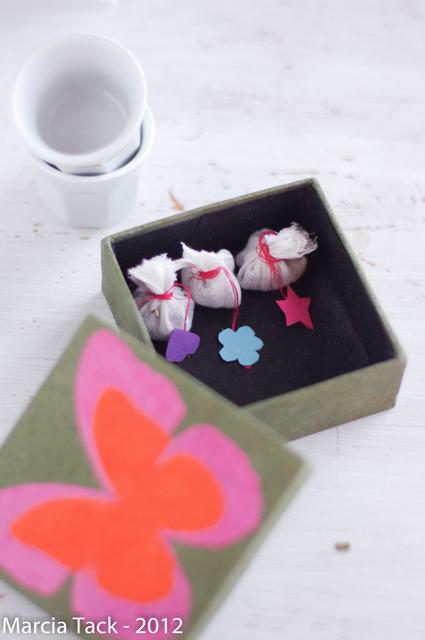 id es de cadeaux pas chers pour fans de th my cup of tea. Black Bedroom Furniture Sets. Home Design Ideas