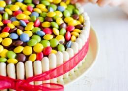 Recette gâteau smarties idéal pour les anniversaire et facile à faire
