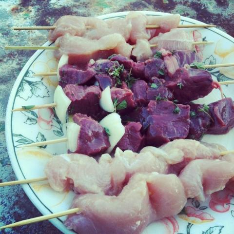 Barbecue poulet mariné citron et foie de veau