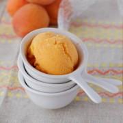 Recette de glace à l'abricot fait maison