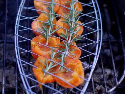abricots rotis au romarin, idée recette barbecue