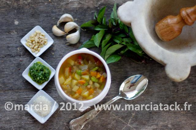Soupe proven ale au pistou - Recette cuisine provencale traditionnelle ...