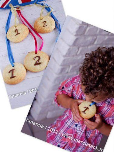médailles en biscuits