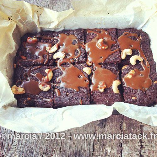 brownies caramel et noix de cajou