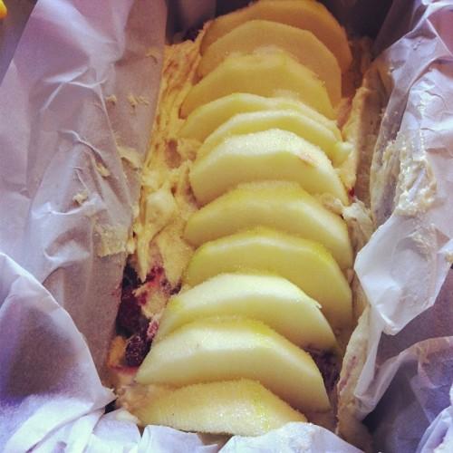 Cake pommes framboises