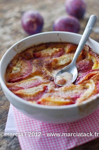Clafoutis de prunes rouges