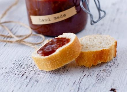 Recette de pâte à tartiner fait maison rapide et facile au praliné