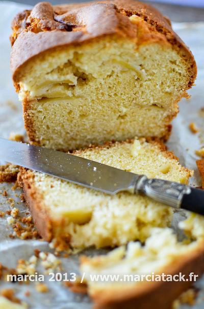 cake aux pommes recette marcia 39 tack. Black Bedroom Furniture Sets. Home Design Ideas
