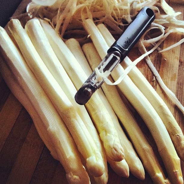 Comment préparer les asperges blanches ?