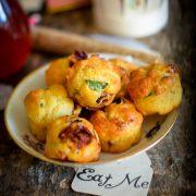 des muffins salés au tomates séchées et basilic