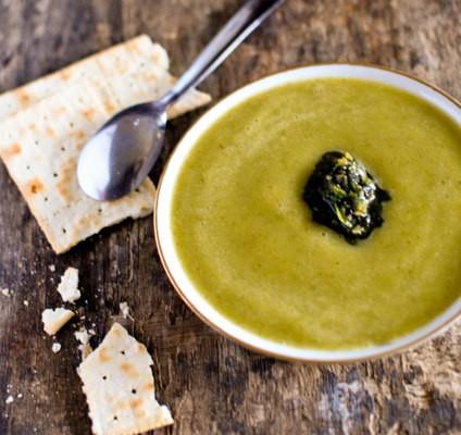 Recette de soupe de courgette basilic