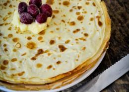 Recette du gâteau de crêpes à la crème pâtissière