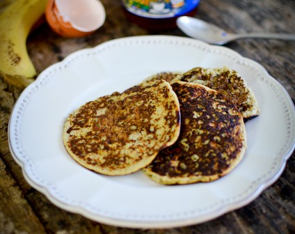 pancakes rapides la banane recette marcia 39 tack. Black Bedroom Furniture Sets. Home Design Ideas