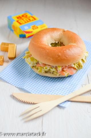 bagel-fondue-poireaux-saumon-kubb-or