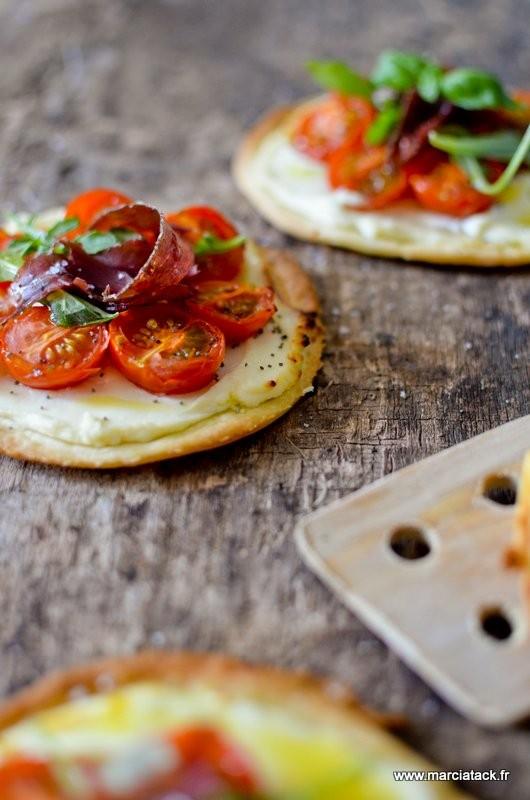 tartelettes-carré-frais-tomates-viande-grisons