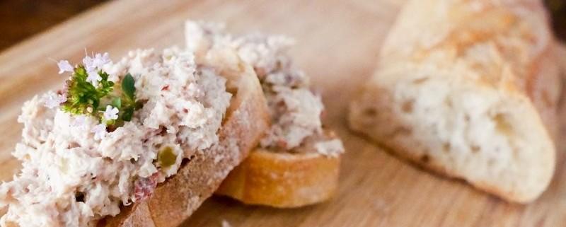 Recette de rillette de poulet fait maison au yaourt : rapide, facile et léger