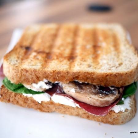 Croque ch vre aux pinards recettes de cuisine - Sachet cuisson croque monsieur grille pain ...