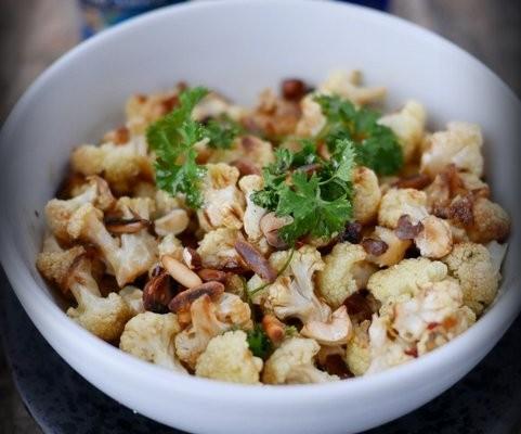 Recette de choux fleur rôti au four, facile et délicieux