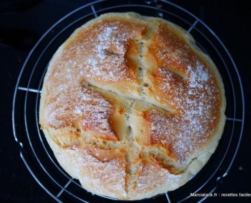 Recette du pain cocotte maison, du pain frais tous les jours