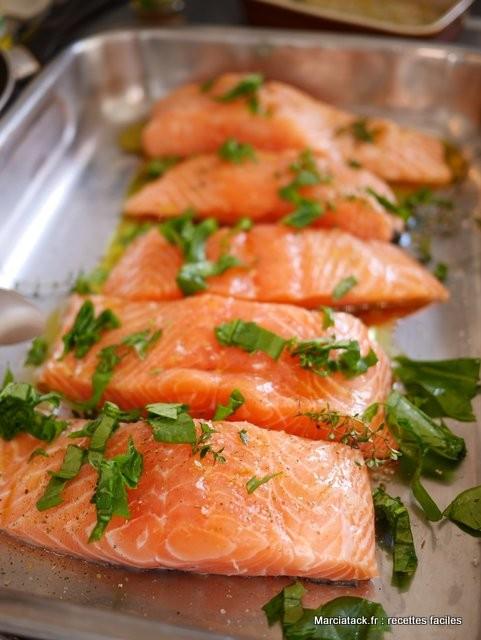 Pav s de saumon au four la recette facile - Cuisiner des aubergines au four ...