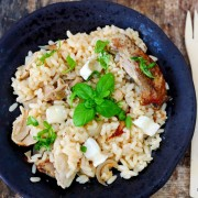 recette anti gaspillage qui évite de jeter les restes, avec ce risotto de volaille