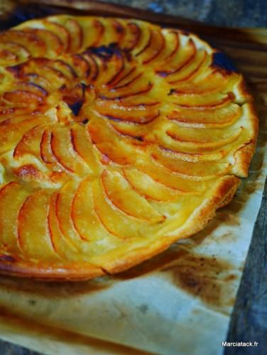Tarte aux pommes fine et feuilletée