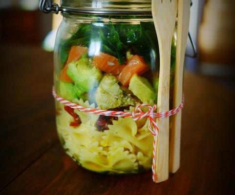 Recette de salade in a jar