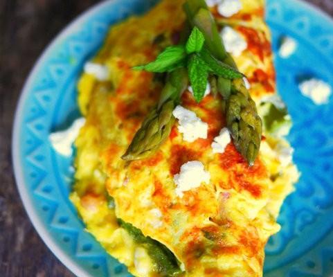 recette omelette asperges vertes et féta
