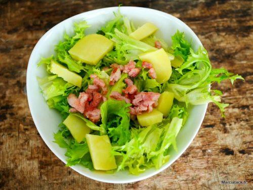 recette de salade frisée aux lardons