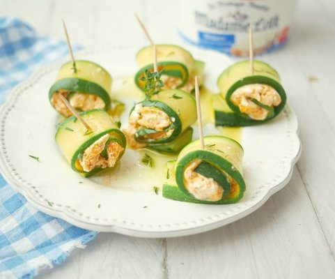 bouchees-courgette-fromage (2)