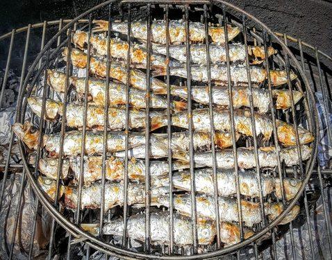 Sardines au barbecue, grillées au sel - Recettes de cuisine ... on