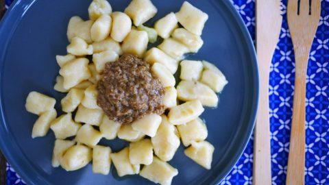 Recette de gnocchis de pommes de terre fait maison, sauce aux champignons sans crème