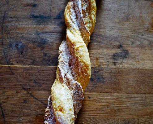 sacristains : recette pâte feuilletée et sucre glace