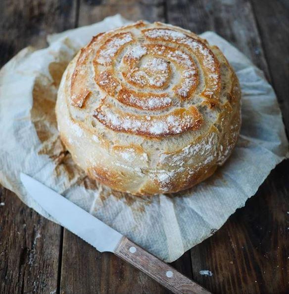 pain maison cuit à la cocotte