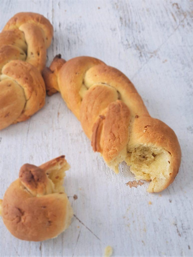 recette pain de pâques à l'anis