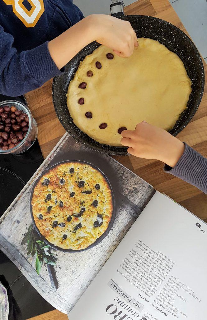 Pain aux olives pour l'apéro